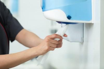System podawania ręczników jednorazowych – dlaczego warto wybrać podajnik Vileda?